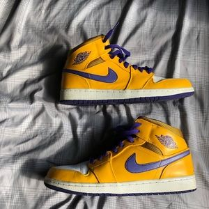 "Air jordan retro 1 mid ""Lakers"""